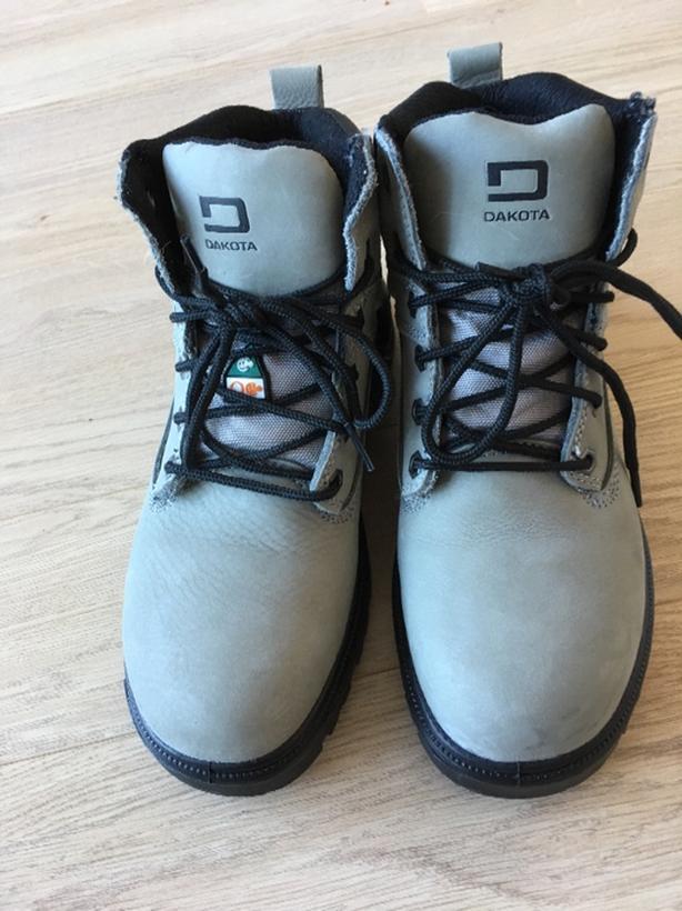 DAKOTA Womens steel toed work boots