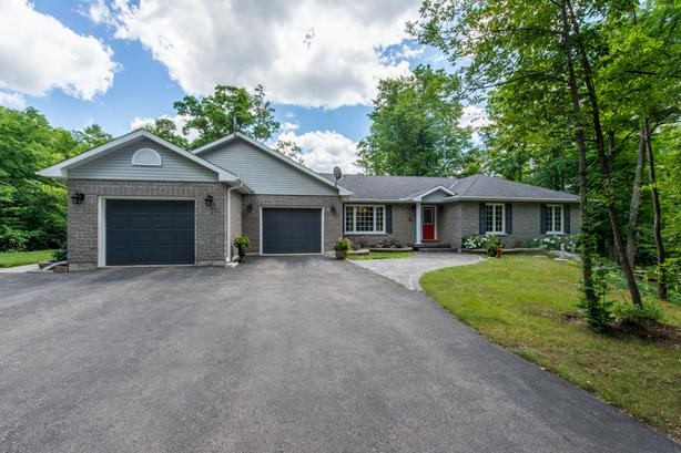 **SALE PENDING** 16 Morgan Dr Halton Hills Real Estate MLS Listing