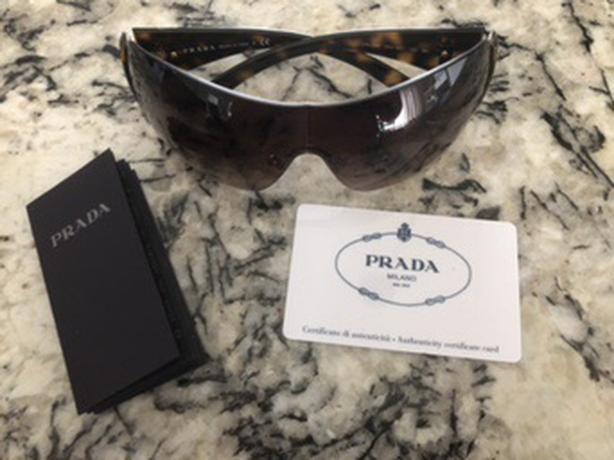 6a15718e95565 ... czech euc authentic prada sunglasses 4a990 aa93c