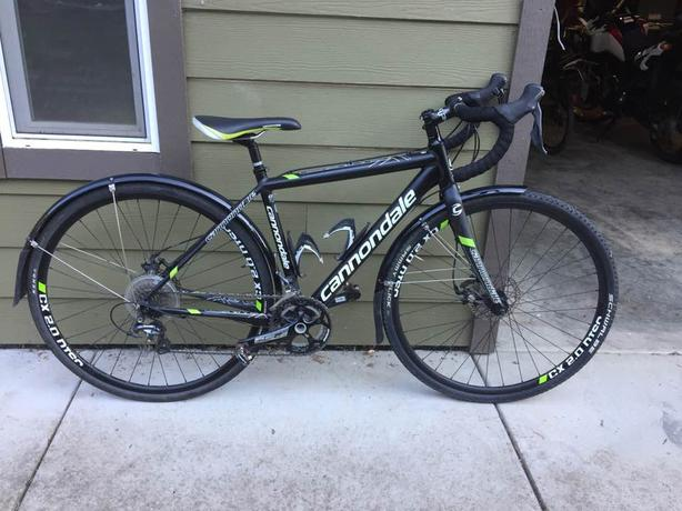 48a6eaa8306 2015 Cannondale CAADX Disc 105 Courtenay, Comox Valley