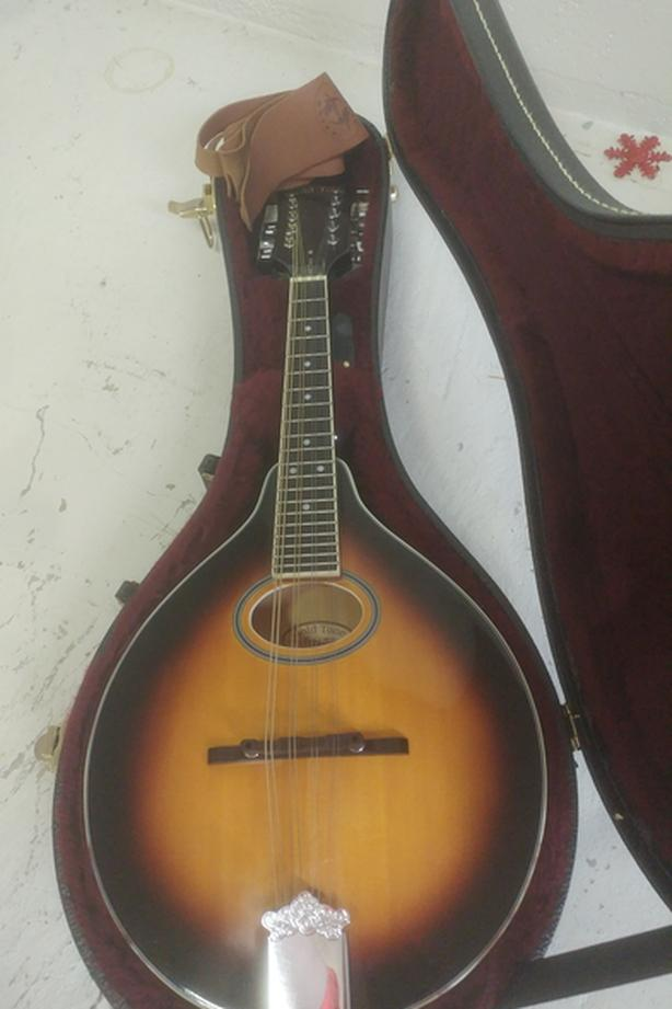 Mandolin (gold tone)
