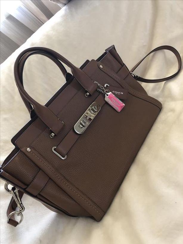 Large Brown Leather Coach Handbag Saanich f9978d09a58ad