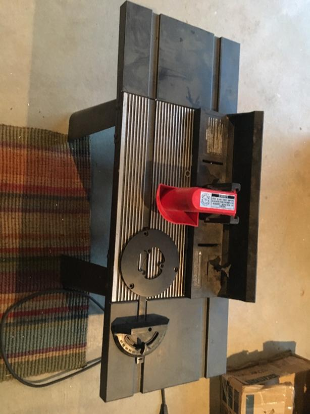 craftsman 8 amp router and table