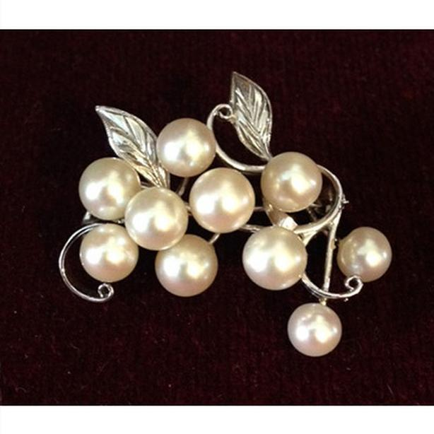 Vintage Birks sterling silver and cultured pearl brooch