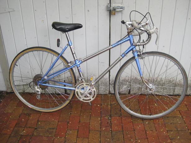 Huge Collection of Bikes, parts and frames * North Nanaimo