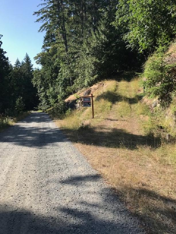 446 Lakeview Road - 3.14 Acres on Thetis Island