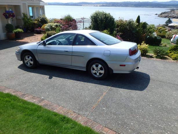 2001 Honda Accord EX 2 Door Coupe With Only 123,372 KM