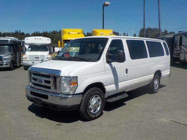 2008 Ford Econoline E-350 Extended 11 Passenger Van