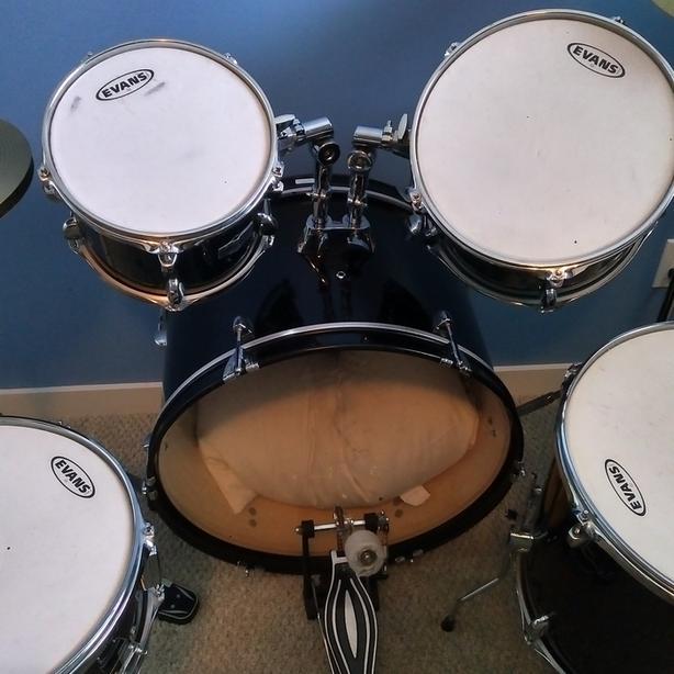 Drum Set - Evans - Full Adult Set with New Skins
