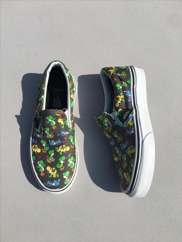2084cd5e80 Kids Vans Slip-on Sneakers - Size 13.5 West Shore  Langford