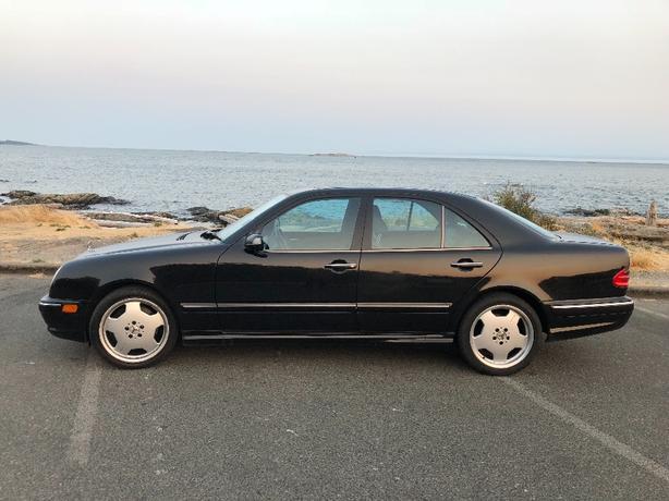 Mercedes-Benz E55 AMG 2001