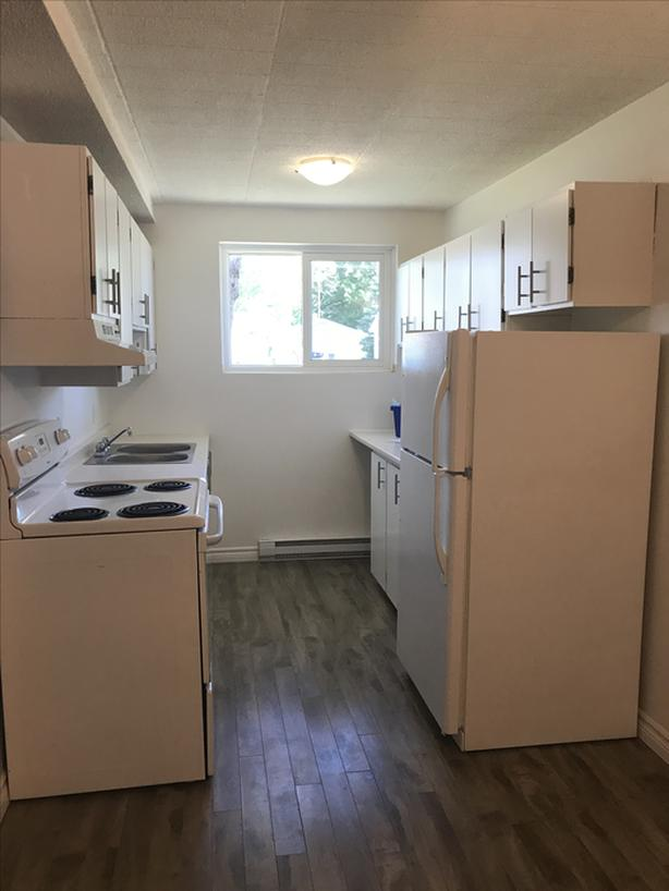 TWO BEDROOM- ALL INCLUSIVE! EAST END LOCATION!