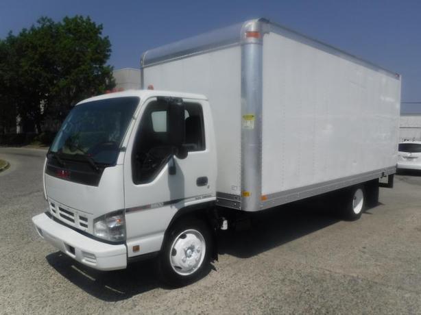 2006 GMC W5500 Cube Van Diesel 18 foot box