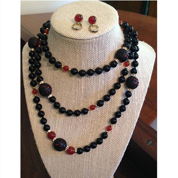 Vintage obsidian and carved lacquer beaded necklace with matching earrings