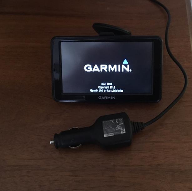 Garmin Nuvi 2595 LMT Voice Activated, Bluetooth, can/us/eur mapping
