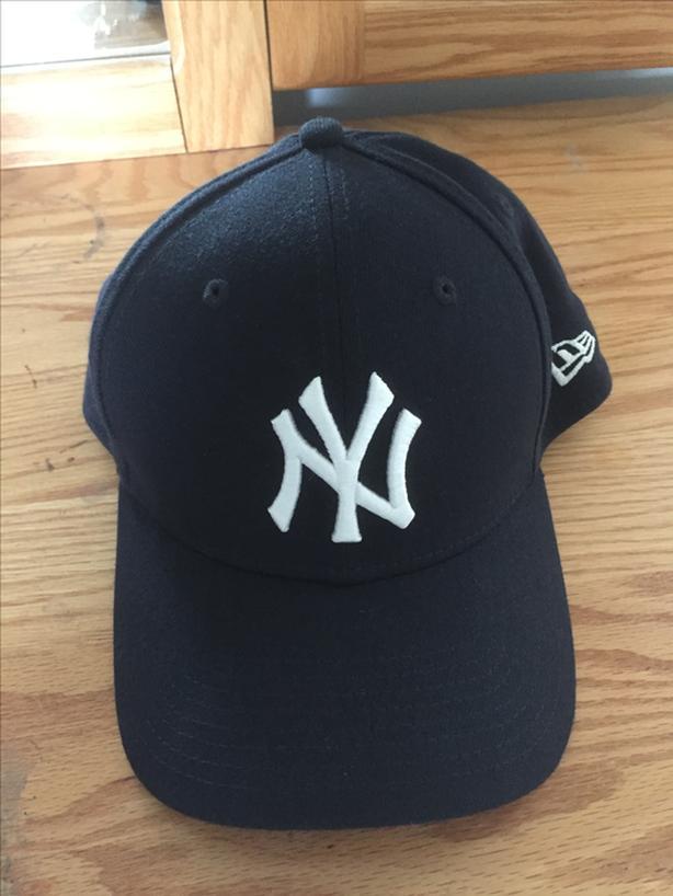 7492533d9779a New York Yankees Hat Victoria City