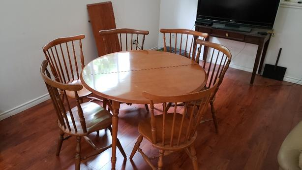 Astonishing Maple Dining Room Table 6 Chairs Victoria City Victoria Ibusinesslaw Wood Chair Design Ideas Ibusinesslaworg