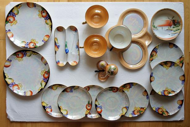 Noritake lusterware 19 colourful pieces to collect