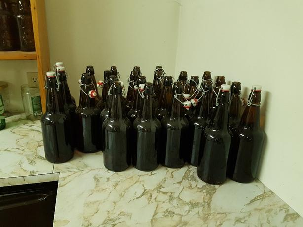 1Litre Swing top beer bottles (0.50 each)