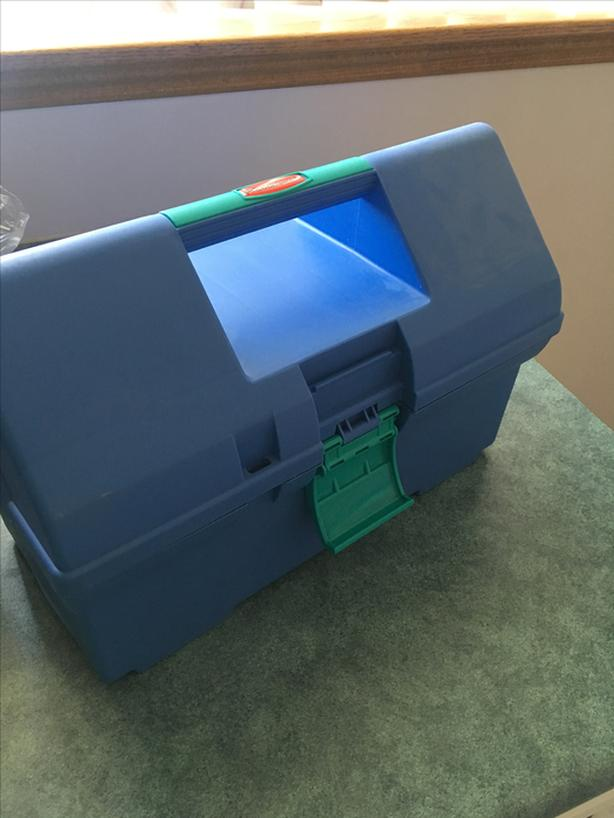 Rubbermaid Portable Case For Craft Supplies - Like New