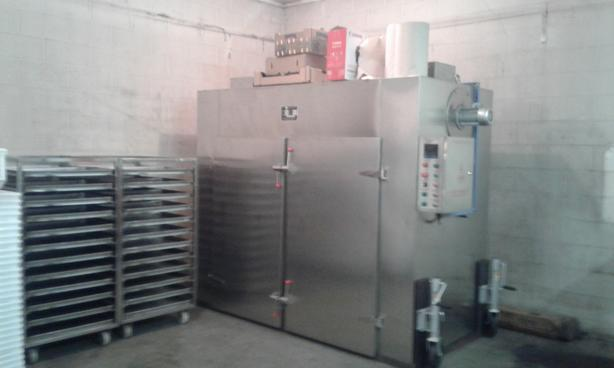 Commercial Dehydrator with Four Racks