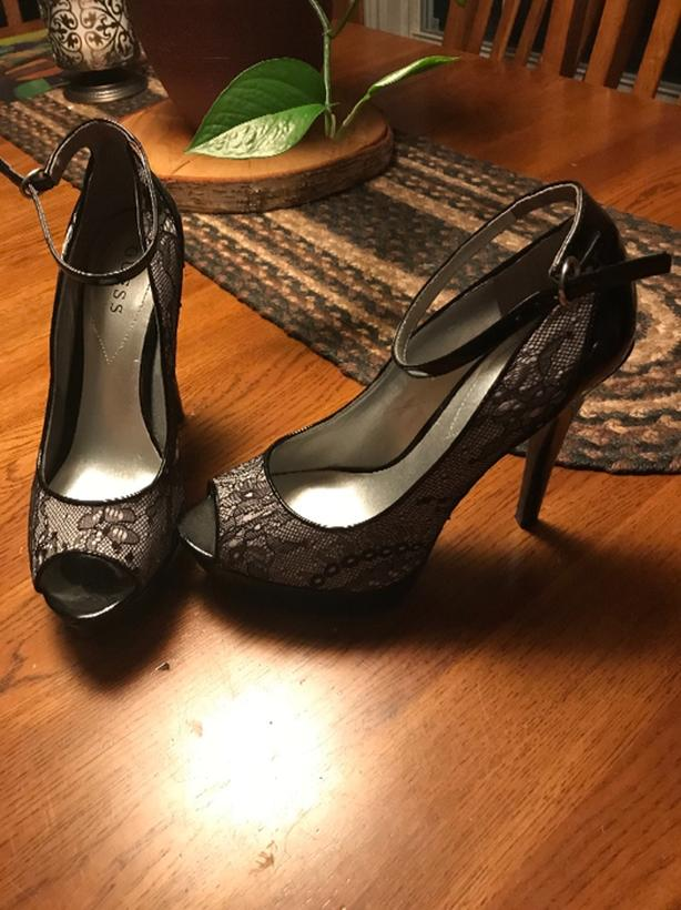 GUESS high heel shoes size 8