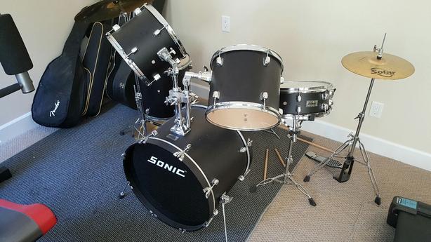 Sonic Drum Set