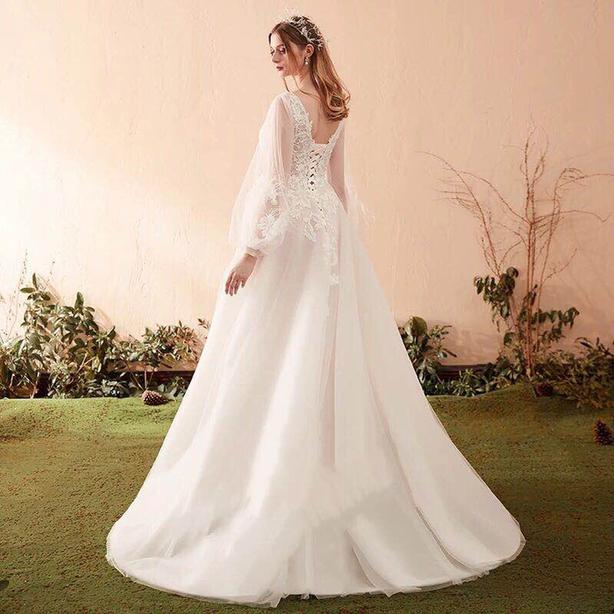 929a9f51667d wedding dress+veil+accessories (Victoria BC buyers only)