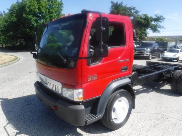 2007 International CF 600 VT275 Cab and Chassis Diesel 131 inch Wheel Base