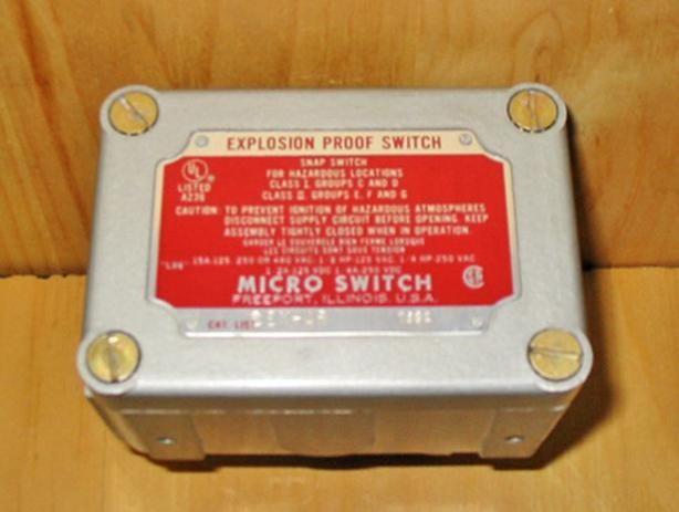 HONEYWELL EX-AR Explosion Proof Limit Switch with Actuator ~ New!