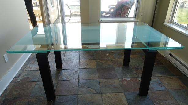 Extendable Glass Scan Design Dining Table