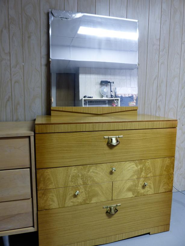 Blonde Oak Dresser Set