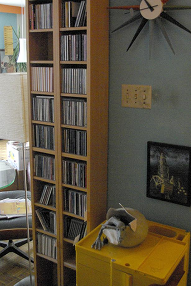 2 Ikea CD Shelves + 240 CD's
