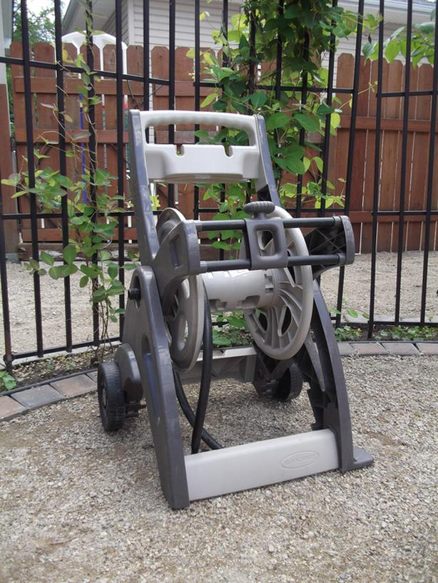 Suncast portable hose reel cart