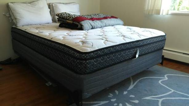 Mattress Amp Bed Box With Frame From Sleep Country Vancouver City