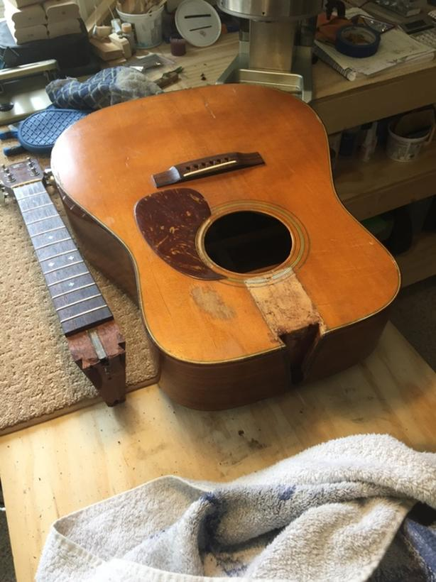 old guitars   wanted Duncan, Cowichan