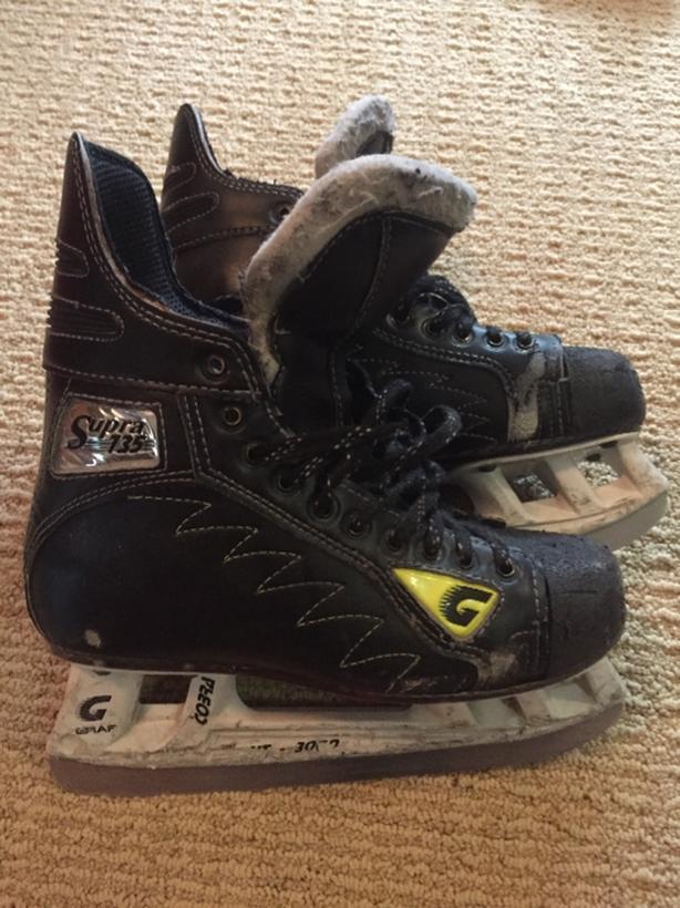 Graf hockey skates