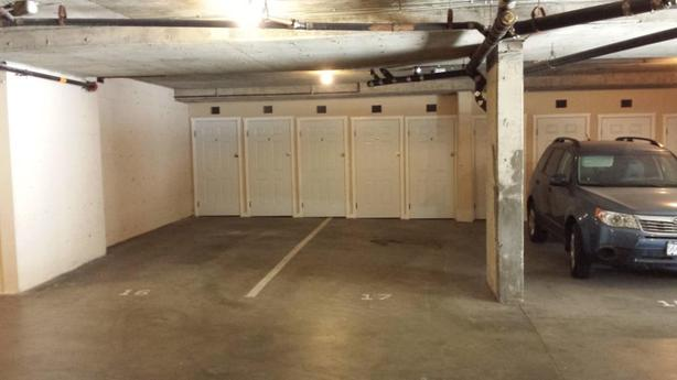*** SECURE UNDERGROUND PARKING ***  Minutes from Downtown Victoria