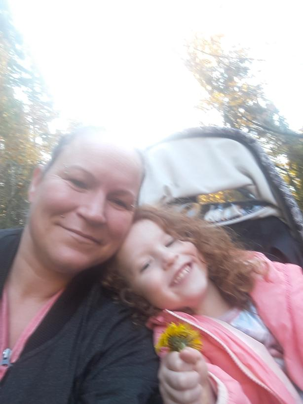 Single Mom And 4 Year Old Daughter Desperately Seeking Housing For
