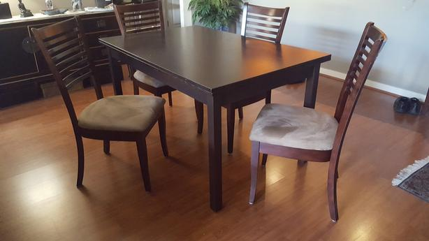 Scan Design Dining Table / Chairs.