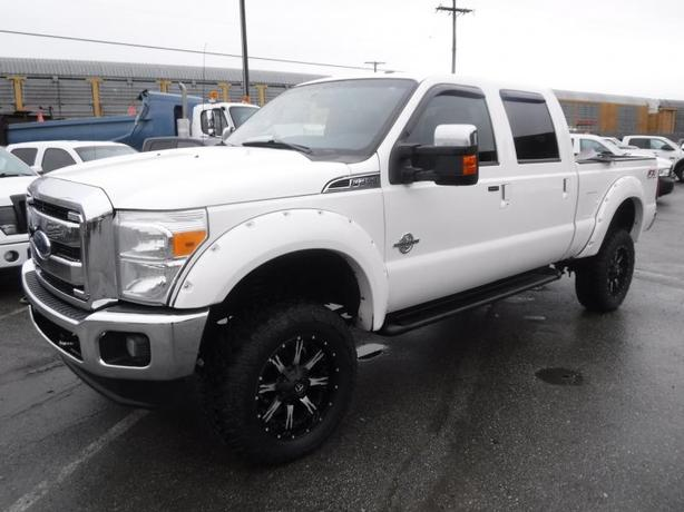 2014 Ford F-350 SD Lariat FX4  Crew Cab Short Bed 4WD Diesel
