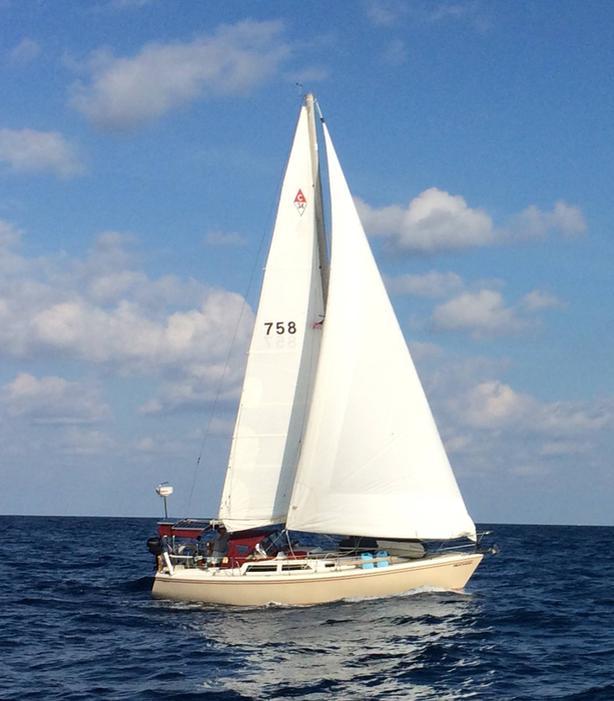 1988 Catalina 34 Tall Rig Sloop
