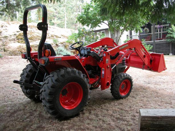 Kubota Tractor with loader Saanich, Victoria