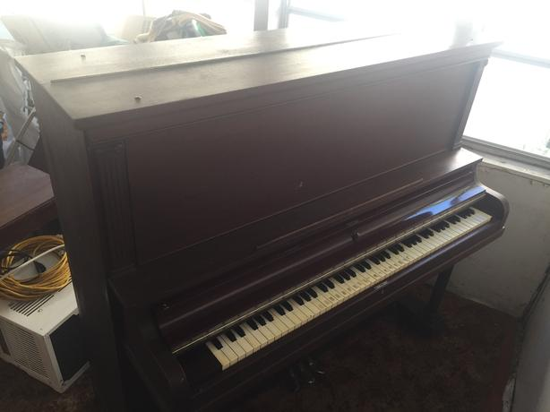 Free piano for pick-up only