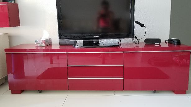 new style ffe8f 2f1a3  Log In needed $250 · IKEA BESTA BURS TV unit and storage shelf