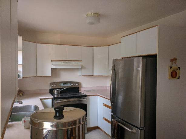 Used Kitchen Cabinets In Very Good Condition Saanich Victoria