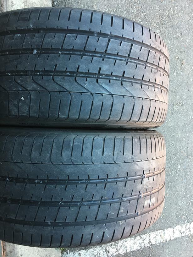 Pair of 285/35/20 pirelli Pzero both 40% tread