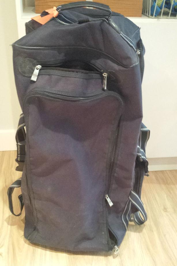 99bd74321011 Large Duffle Bag with wheels. Saanich