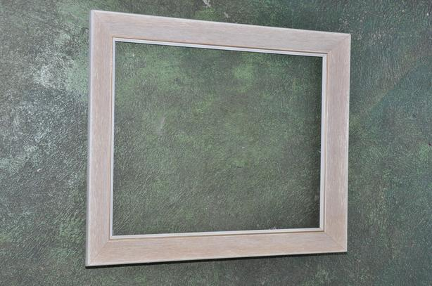 20 By 24 Inch Wooden Frame Victoria City Victoria