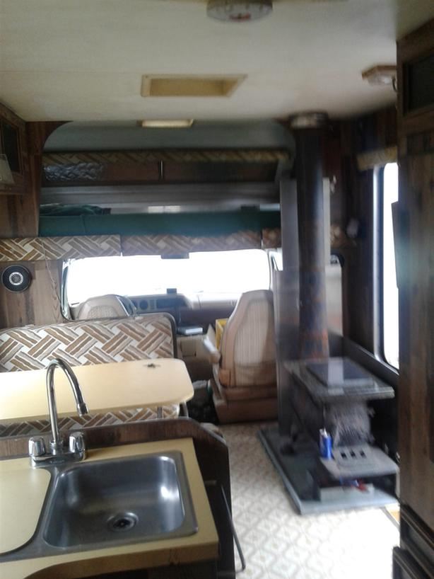 $3,999 · 23ft 1979 Dodge Sportsman Motorhome